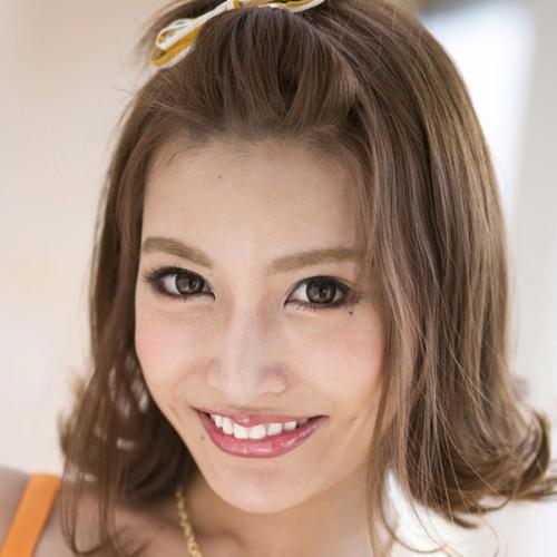 【明日花キララ】美巨乳でスタイル抜群!トップ級美女の動画像、SNS情報