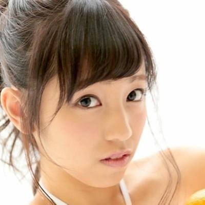 【瀬野みやび】着エロで人気 スレンダー美乳美少女の動画像、SNS情報
