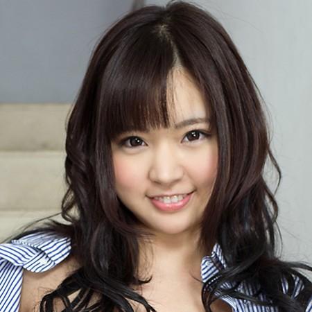 【彩乃なな】キュートな笑顔 アイドル級ロリ系美少女の動画像、SNS情報